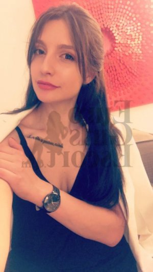 Soumayyah escort girls