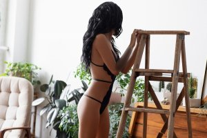 Brunella call girl in Michigan City Indiana and thai massage