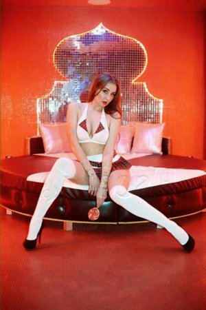 Nathaline vip call girl and erotic massage